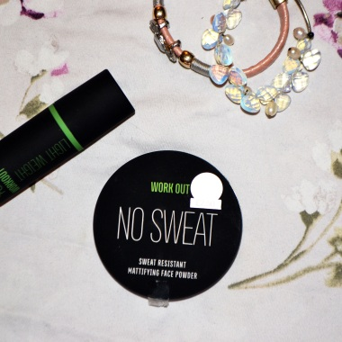Sweat resistant foundation