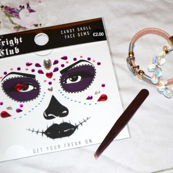 Body gems and tweezers